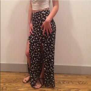 Forever 21 Black Floral Slit Maxi Skirt
